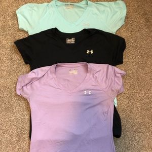 3 Under Amour semi-fitted t shirts